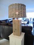tafellamp steigerhout